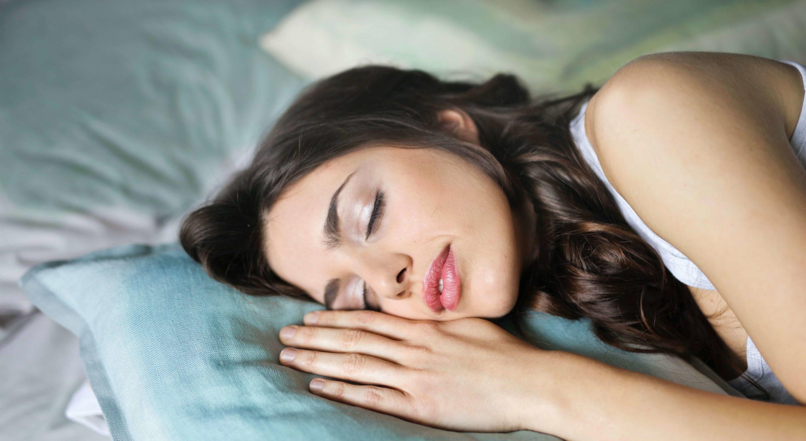 Einschlafhilfe Erwachsene: Die besten erprobten Tipps